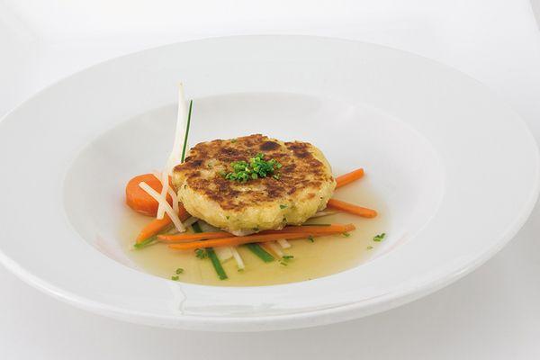 Kaspressknödel in Suppe von Caterline